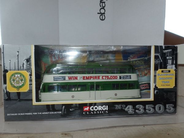Corgi 43505 English Electric Balloon Tram Blackpool Postwar Empire Pools MIMB